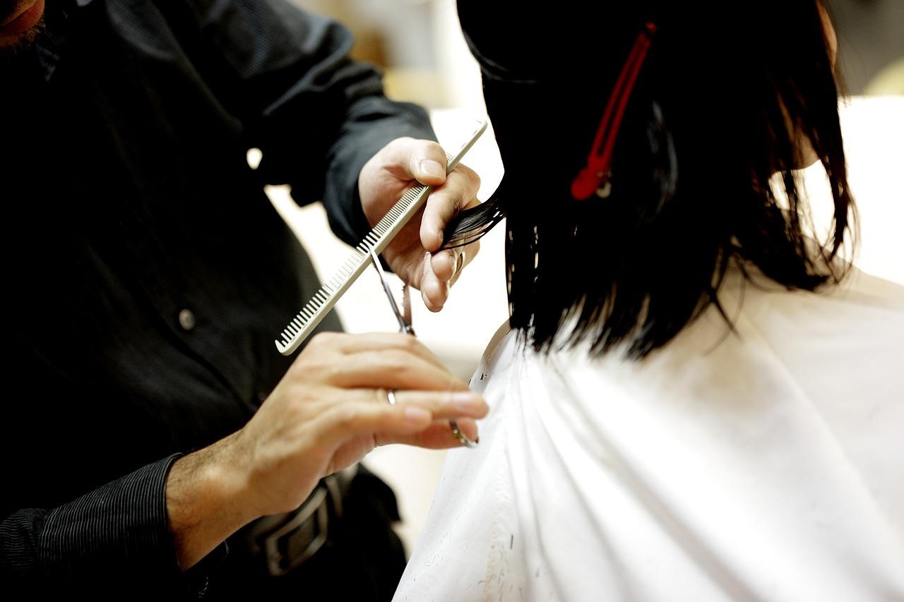 #55 美容室に行くのが苦痛で仕方なくて、これなら美容室行けなくても髪切れる方法を思いついた!